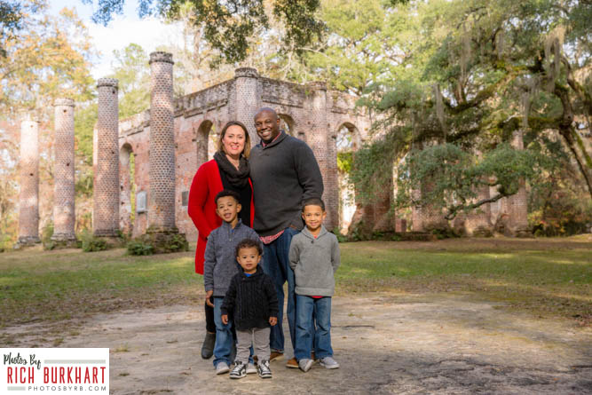 family-photos-at-old-sheldon-church-1